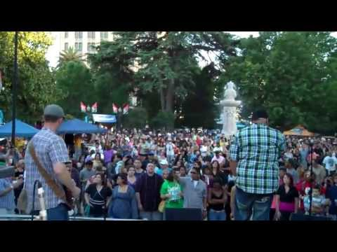 Iconoclast Robot plays the 2013 Concerts in The Park