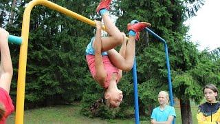 Футбол. Девочки в тренажерном зале. Первое видео. Amazing 11 years old girls first time in the gym.