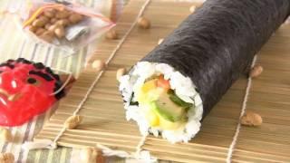 Lucky Eho Maki (Salmon Avocado Alasca Futomaki Sushi Roll) Recipe 福を呼ぶ恵方巻き レシピ
