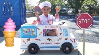 Ice Cream Truck! Fun Pretend Play Story at the Playground