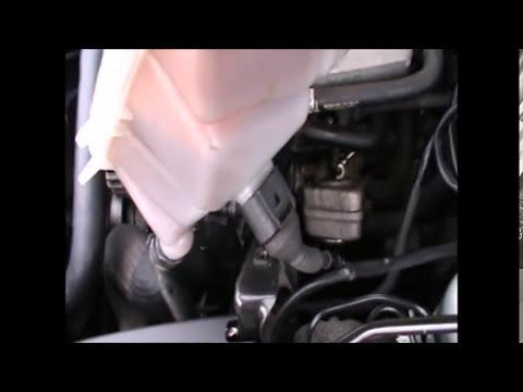 Das Auto bu in ukraine den Volkswagen т4 der Passagier das Gas das Benzin zu kaufen