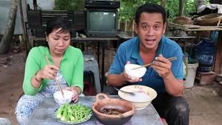 Trời mưa ăn kho quẹt cả nhà ơi | 7 Thuận #86