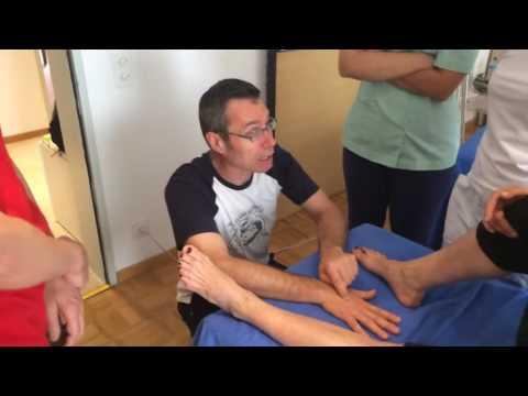 Il massaggio per trattamento di un dorso come fare