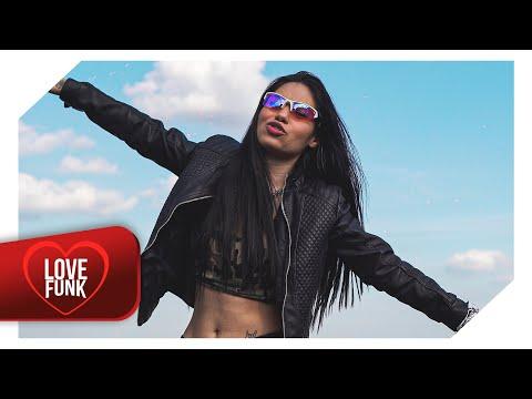 Carolinne Silver - Mandrakona (Vídeo Clipe Oficial) DJ Chavoso