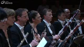 W.A. Mozart Piano Concerto N 26 KV. 537