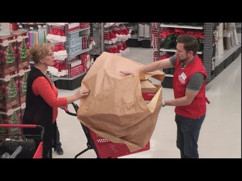 Download Ellen's Hidden Camera Prank on Unsuspecting Holiday Shoppers Mp4 HD Video and MP3