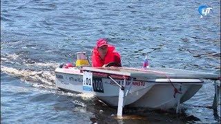 В Великом Новгороде прошли инженерные соревнования «Солнечная регата-2018»