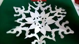 Шестиконечные снежинки из бумаги на Новый Год или Рождество