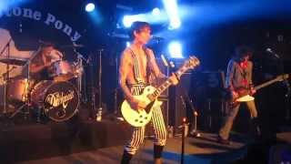 The Darkness Live in Asbury Park - Roaring Waters @ Stone Pony