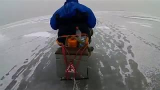 Снегоход на зимней рыбалке