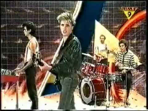 Doe Maar - 32 Jaar (Sinds 1 Dag Of 2) (1979) [videoclip]