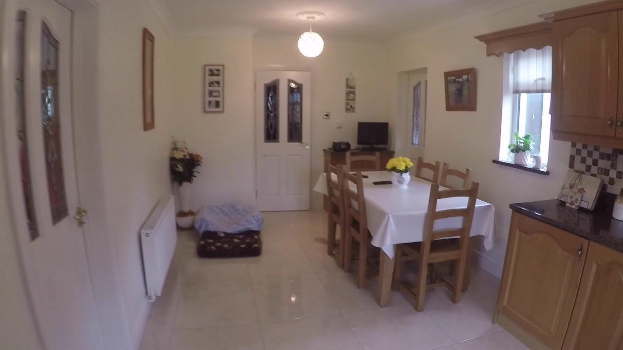 Double bed in Room to rent in homey 4-bedroom house near Institute of Technology in Blanchardstown