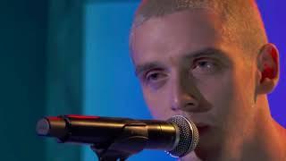 Lauv Feelings Live (stripped). Blue Boy Foundation Performance.