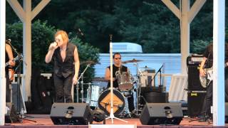 preview picture of video 'Slippery When Wet performs Living On A Prayer at the Florham Park Gazebo on June 15, 2014'