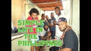 Living the humble life in the Philippines. Foreigners!!