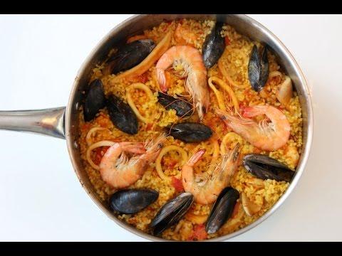 Homemade Seafood Paella – Spain Recipe – CookingWithAlia – Episode 341