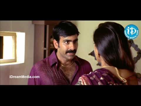 Ravi Teja, Anushka Love Love Scene - Vikramarkudu Movie