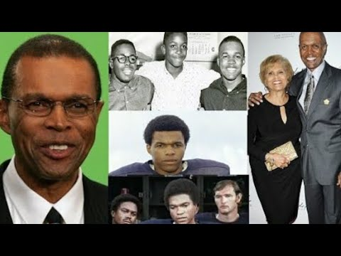 Gale Sayers- Lifestory | Net worth | Records | Daughter | NFL | Family | Biography | Tribute