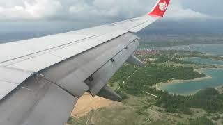 Lion Air PK-LKK Landing di Bandara Ngurah Rai Denpasar di Bali