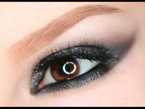 Illusion D'Ombre Long Wear Luminous Eyeshadow by Chanel #3