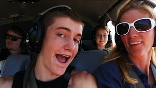HELICOPTER RIDE OVER A VOLCANO!