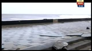 Sudden high tide  hit the coast of Worli Mumbai