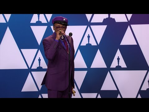"Backstage at the Academy Awards, ""BlacKkKlansman"" director Spike Lee jabbed 'Green Book' as the best picture winner. (Feb. 25)"
