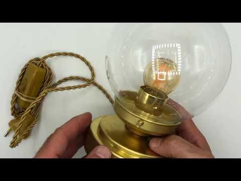 Cómo fabricar una lámpara de mesa estilo Art Deco