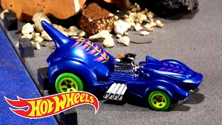 Creature Chaos Compilation | Hot Wheels
