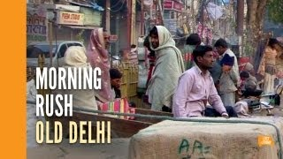 preview picture of video 'Morning on the streets of Old Delhi'