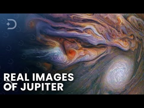 These Images of the Solar System Shocked Even Astronomers