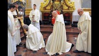 Wielki Piątek - Liturgia Męki Pańskiej W Bazylice  - Jasna Góra 2019