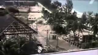 Смотреть онлайн Цунами в Индонезии: 2004