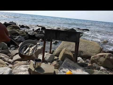 Королевский завтрак на берегу моря. Крым