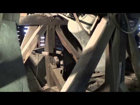 Glockenaufnahme der Apostelkirche