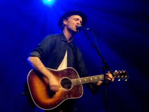 Fran Healy - Love Will Come Through (Travis song,live,acoustic)-Ancienne Belgique,Brussels,14Feb2011