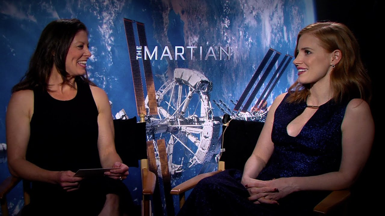 Tracy Caldwell Dyson Interviews Jessica Chastain