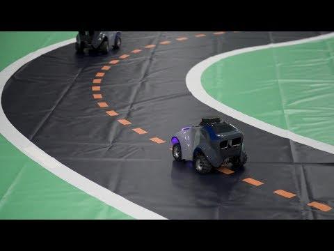 How Machine Learning Enables DeepRacer's Autonomous Driving!