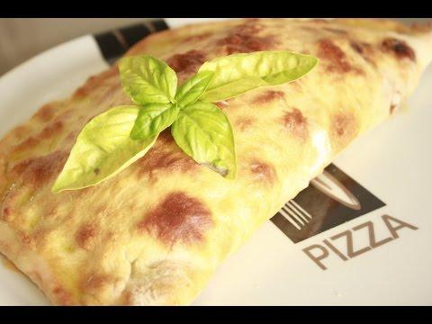 Pizza Calzone de Pollo a la Barbacoa