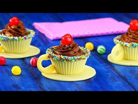 Perfectas para una fiesta de té con los amigos: tazas de chocolate