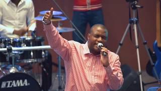 Henri Papa Mulaja Feat Groupe Choeur D'alliance   Yahweh (live)