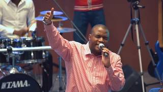 Henri Papa Mulaja    Yahweh (live)