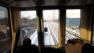 preview picture of video 'DLR POV Footage from West Silvertown to Canning Town'