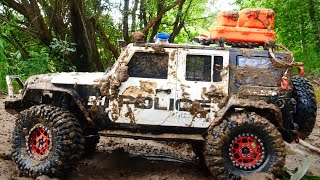 Dirty police car off road in the mud — RC Car MUD OFF Road — Extreme Pictures #RcCars
