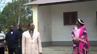 Rais Jakaya Kikwete akiwa kijijini kwake  Msoga (MichuziBlog)