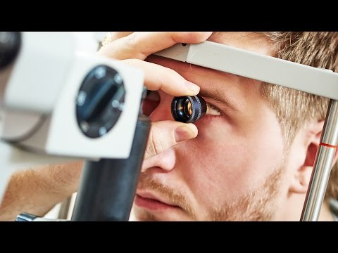 Ways to prevent digital eyestrain, according to ophthalmologists