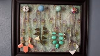 Chic DIY Necklace Display!