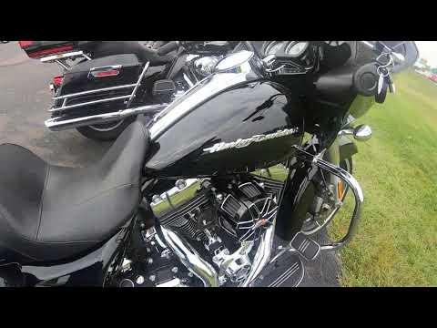 2015 Harley-Davidson Road Glide® FLTRX