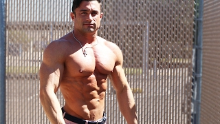 Whats going on guys Jonny here today with Six Pack Shortcuts to