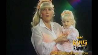 """Marilyn King """"Look to the Rainbow"""" - The King Family Show 1969"""